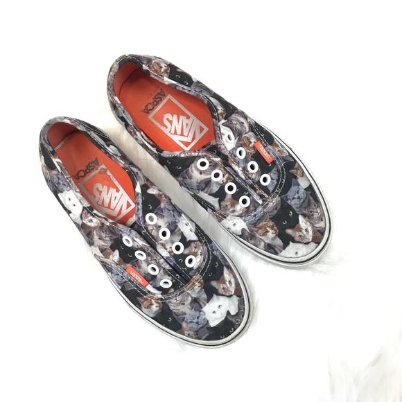 0375bf827f Vans x ASPCA Authentic Cats Shoes. M 5c1b48e03e0caaaed0436fc0